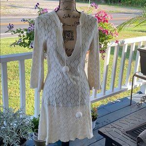 Reef Crochet 🧶 Sweater. Size M. GUC.